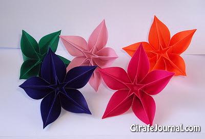 Как делать из бумаги цветы видео