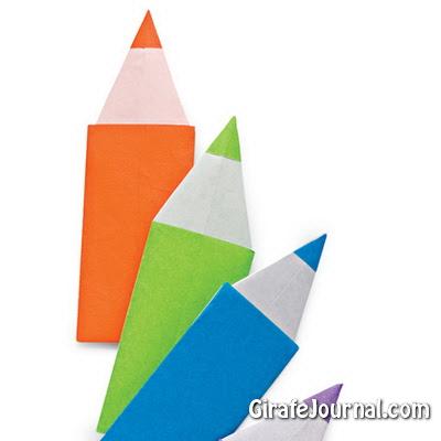 Карандаш оригами из бумаги