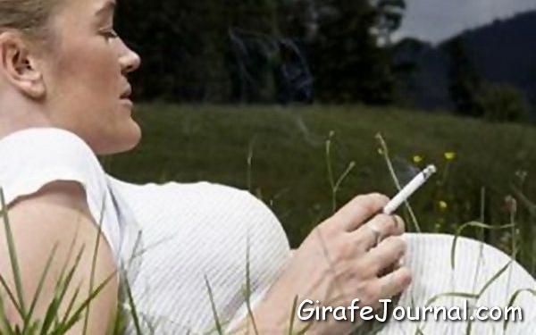 Чем опасно курение во время беременности