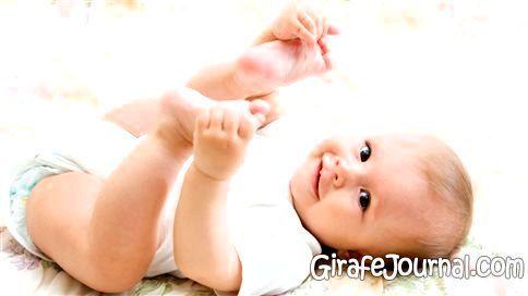 Як часто міняти підгузки новонародженому