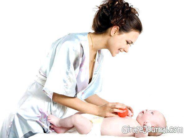Кишкові кольки у новонародженої дитини