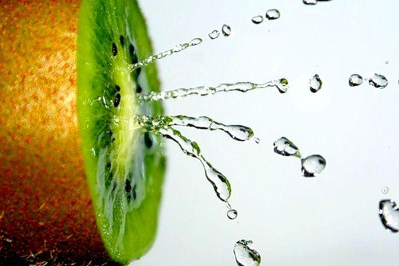 Фрукт киви - полезные свойства для сохранения здоровья, для красоты