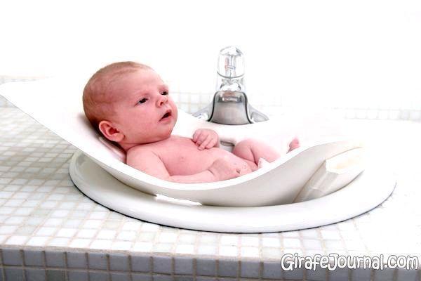Ванночки для новонароджених