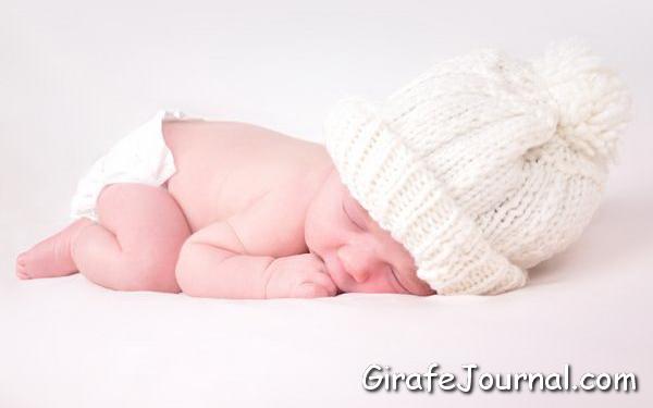 Причини здуття живота у новонароджених