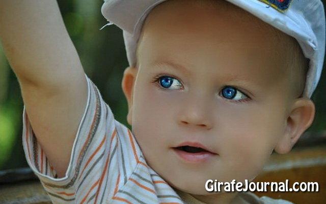 У ребёнка сухая кожа и сыпь