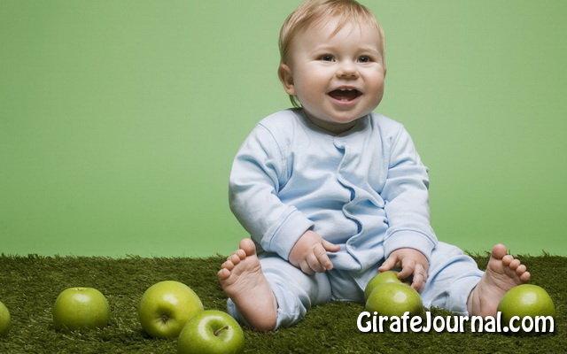 Чому немовля плаче