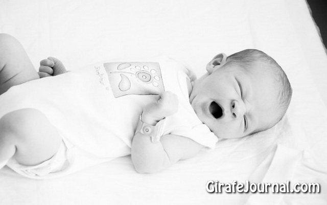Переляк у немовляти - страх батьків фото
