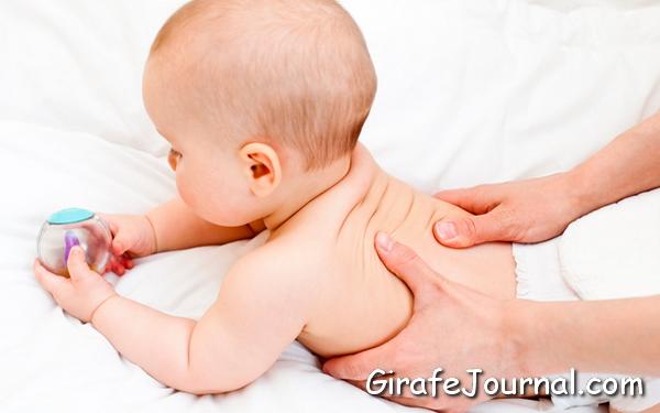Масаж новонародженим дітям