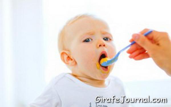 Дитина 9 місяців. Харчування і меню