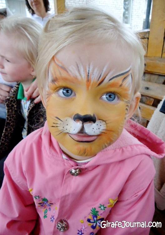 Рисунки на лице для детей (51 фото): girafejournal.com/6751-risunki-na-lice-dlya-detey.html